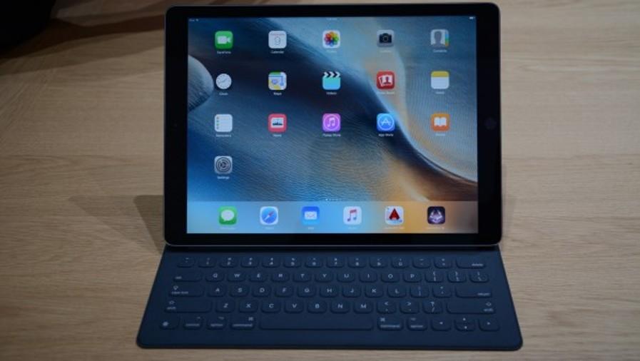 حاسب محمول هجين براءة اختراع جديدة من آبل Apple