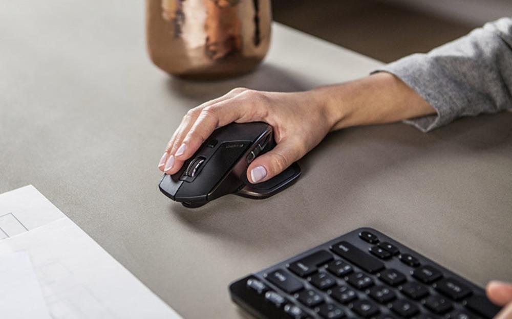 الفأرة اللاسلكية تسبب في اختراق حاسوبك Wireless mouse