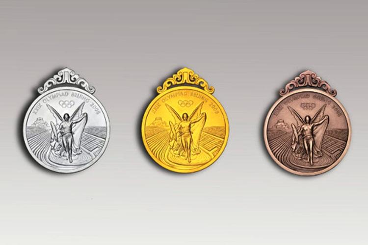 اليابان تصنع الميداليات الأولمبية من الهواتف القديمة