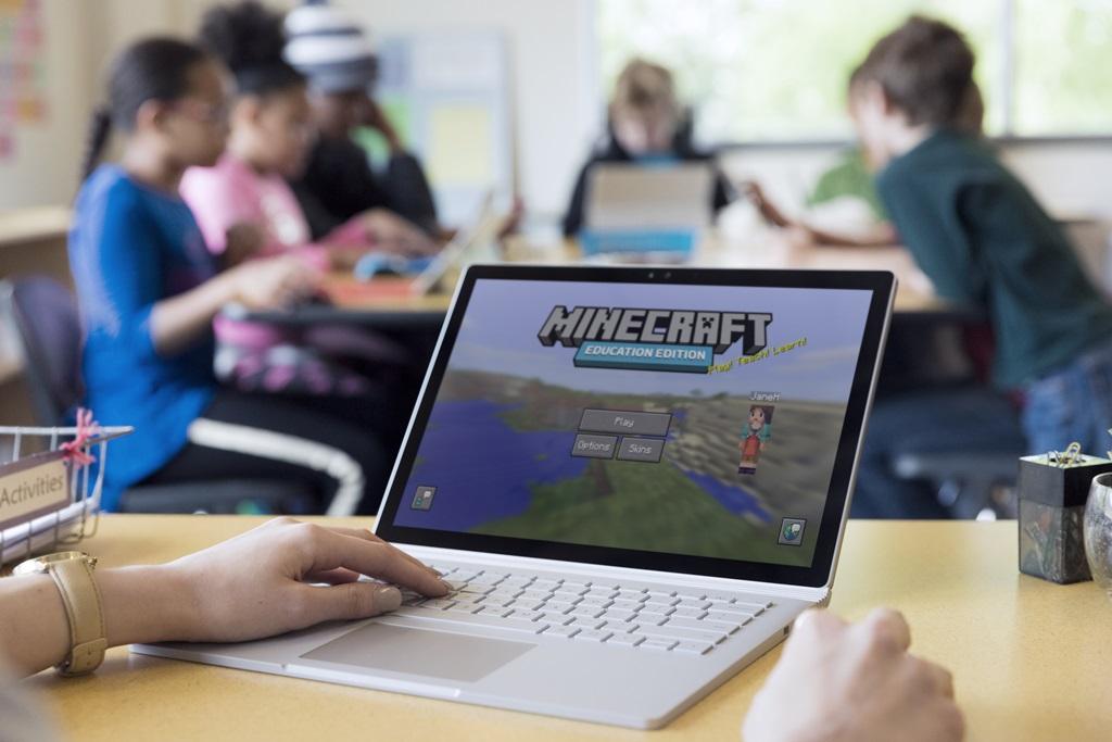 تعرف على النسخة التجريبية من لعبة ماينكرافت التعليمية من مايكروسوفت Microsoft