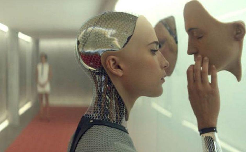 دراسة تجزم بتحول البشر لممارسة العلاقة الحميمية مع الروبوتات Robots