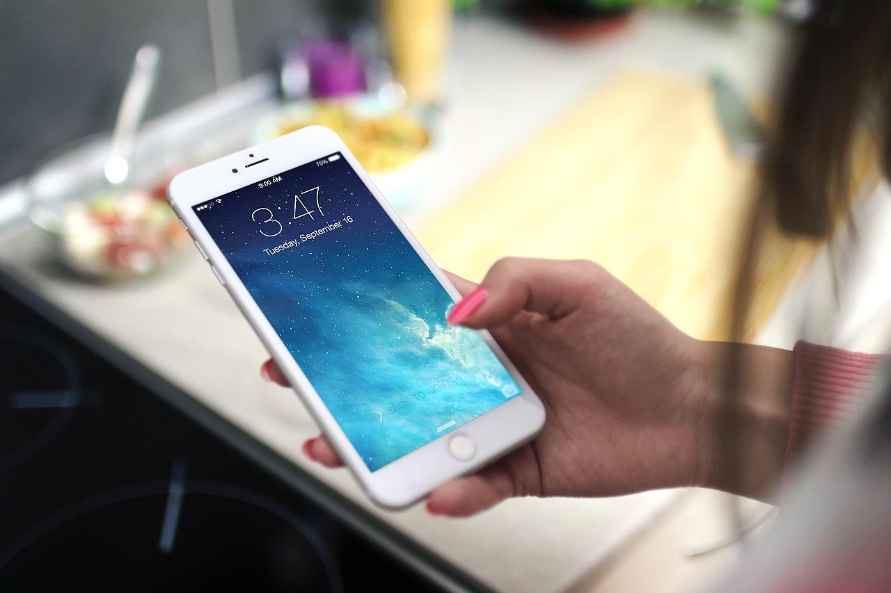 شركة سامسونغ Samsung ستتكلف بصناعة شاشات الآيفون iPhone
