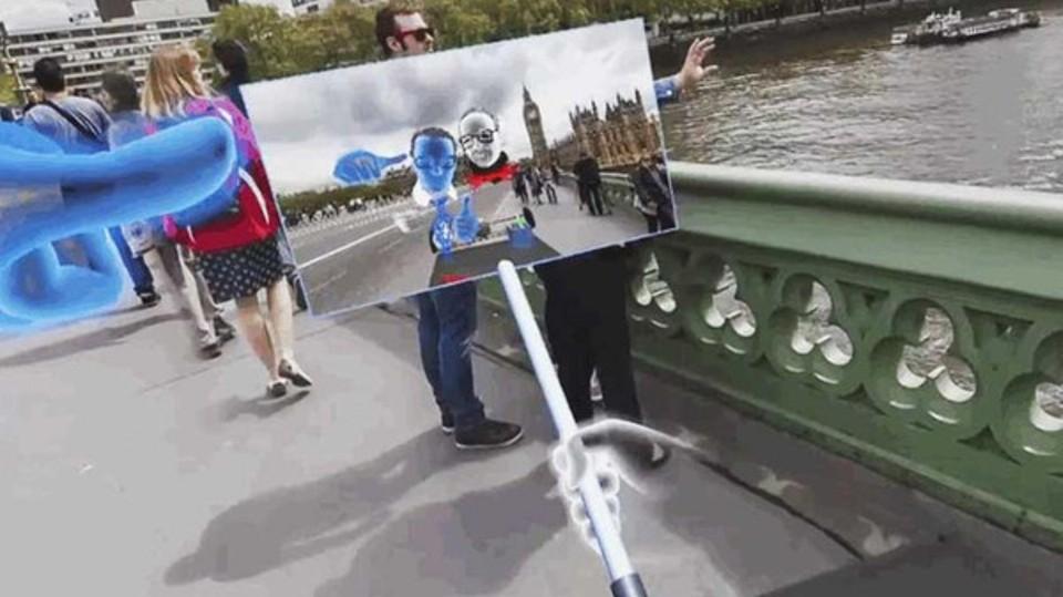 فيسبوك تبتكر عصا سيلفي ذات خصائص الواقع الافتراضي Virtual Reality