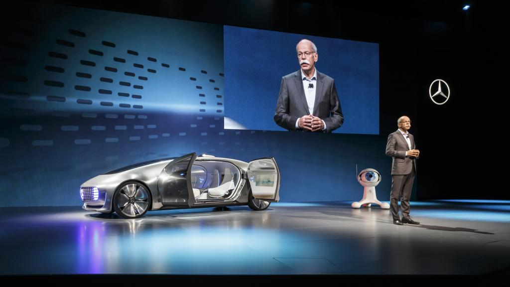 مرسيدس Mercedes تسعى لتطوير سيارات ذاتية القيادة