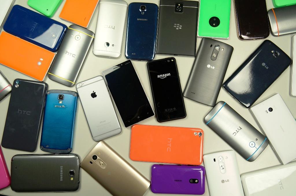 هذا هو العدد المهول من الهواتف المنتشر في العالم