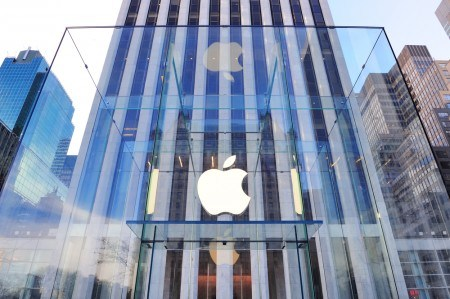 أبل Apple تخطط لطرح 5 ملايين وحدة من ساعتها الذكية